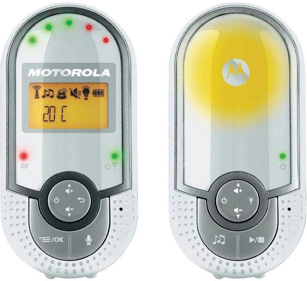 Le babyphone audio Motorola MBP 16 est muni d'un capteur de température.