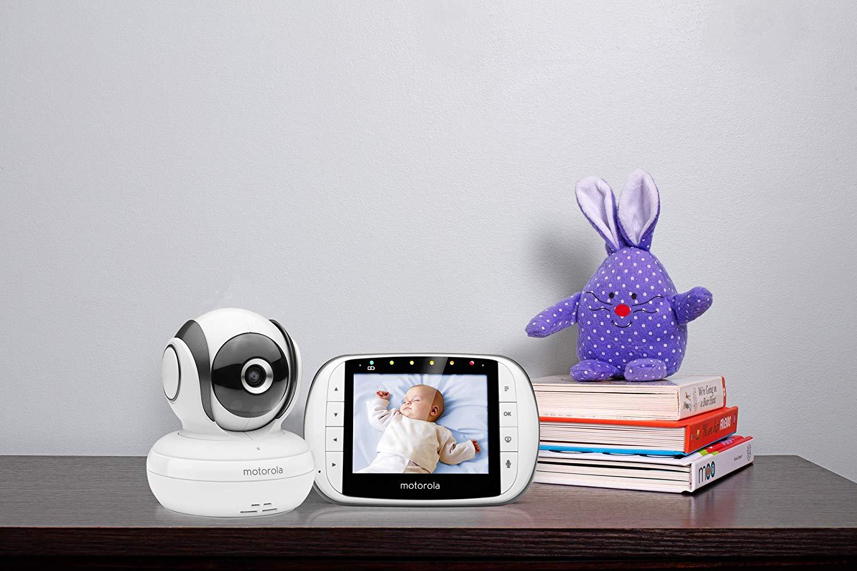 Le babyphone Motorola MBP36S est un écoute bébé vidéo.