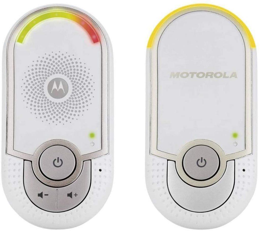 L'écoute bébé Motorola MBP 8 possède une fonction veilleuse intégrée.